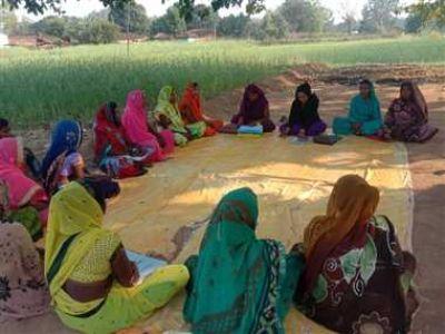 गोबर से बनेगी लकड़ी, हजारों महिलाएं बनेंगी आत्मनिर्भर